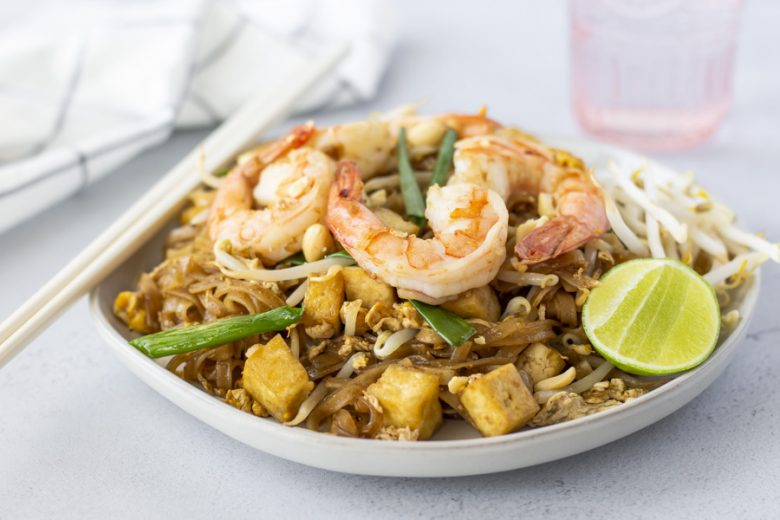 Horizontal view of completed Pad Thai dish.